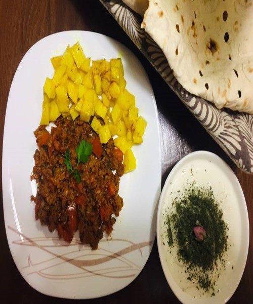 طرز تهیه خوراک گوشت و سیب زمینی