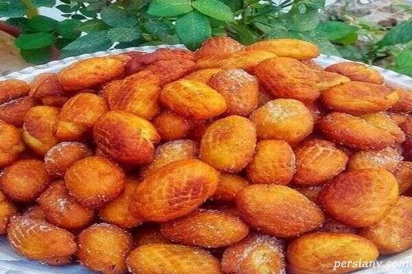 طرز تهیه نان شیرینی محلی کرمانشاه