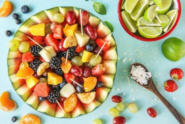 کوکتل میوه تابستانی