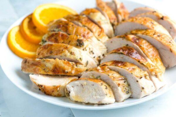خوراک سینه بوقلمون یک خوراک لذیذ