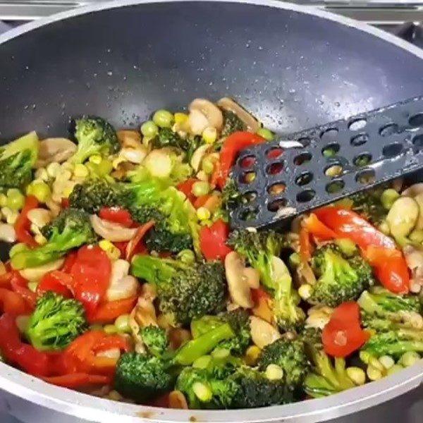 خوراک سبزیجات رژیمی فوری