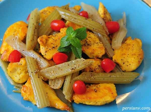 طرز تهیه خوراک مرغ و کرفس