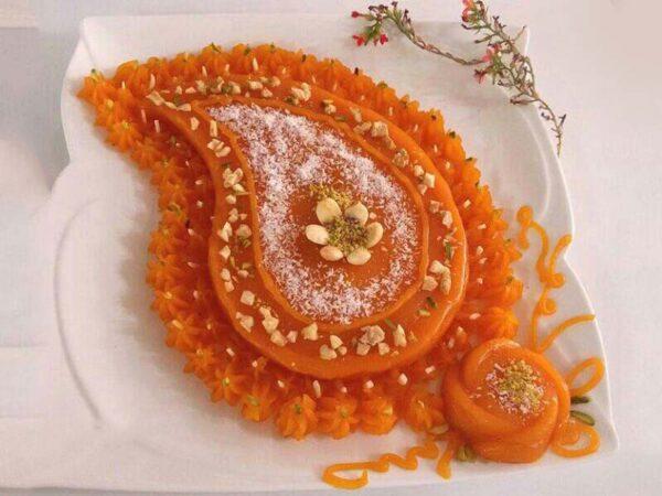 تهیه حلوای هویج برای افطار