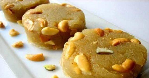 حلوای بادام ویژه ماه مبارک رمضان