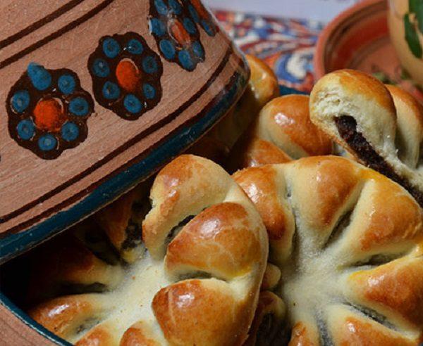 طرز تهیه نان خرما و گردو دارچینی (شیرینی خوشمزه افطار)