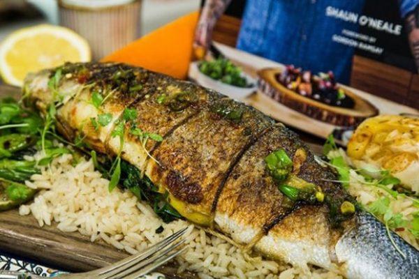 طرز تهیه ماهی شکم پر مناسب برای مهمانی