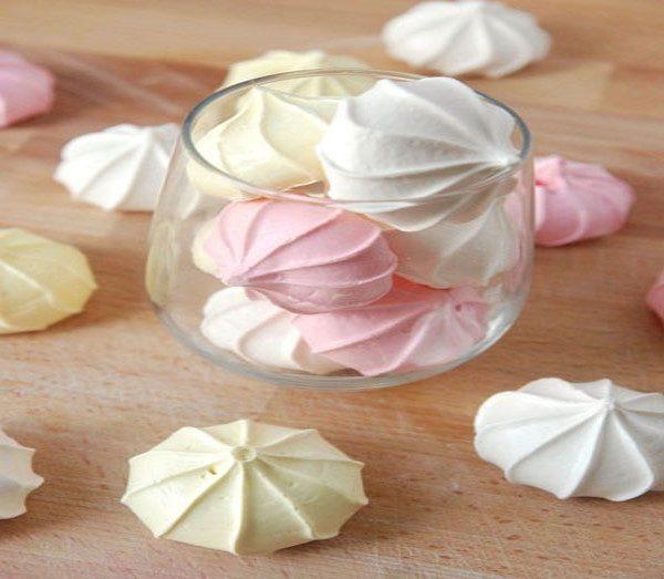 طرز تهیه مرنگ برای تزیین شیرینی وکیک
