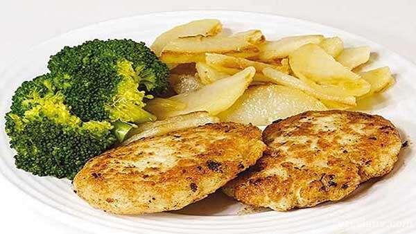 کوکو مرغ با لوبیا سفید