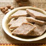 طرز تهیه حلوای بادام برای ماه رمضان