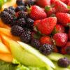 طرز تهیه کوکتل شش میوه بهاری و تابستانی