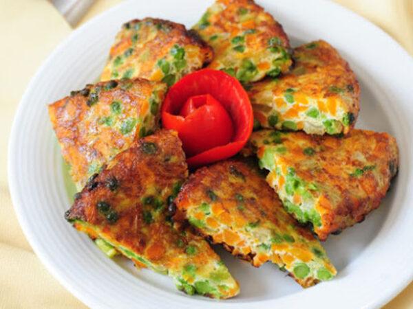 طرز تهیه کوکو هویج سبزی