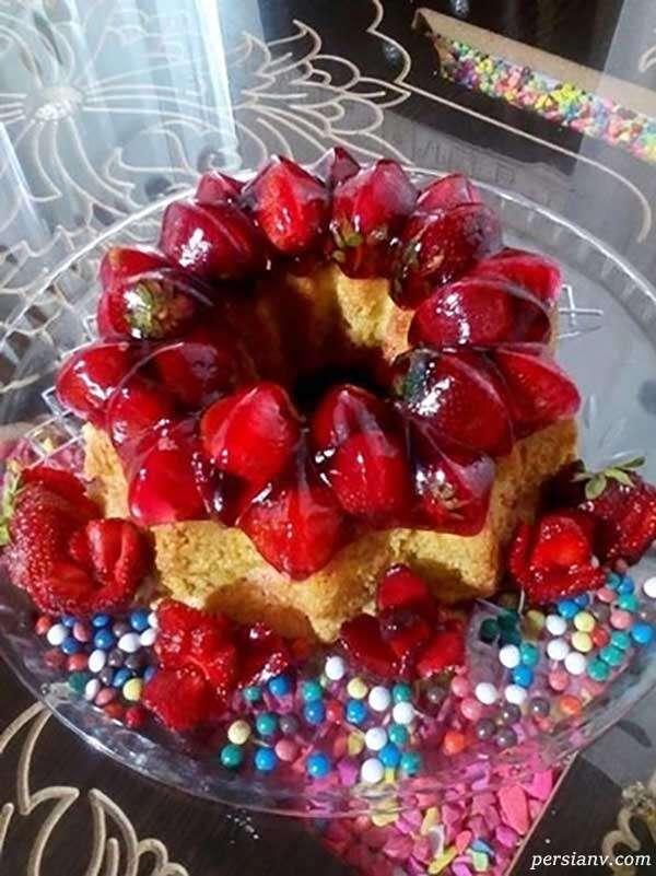 کیک ژلهای توت فرنگی