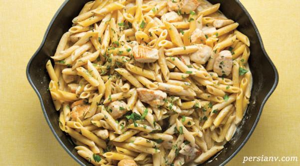 طرز تهیه یه غذای ساده و باکلاس خارجی ، پنه ریگاته با سس آلفردو و مرغ