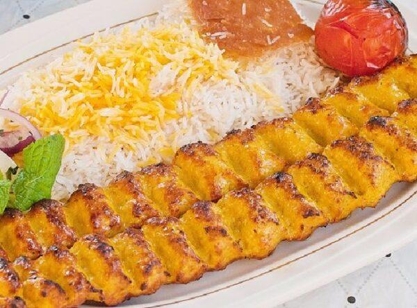 طرز تهیه یک کباب کوبیده مرغ با طعمی عالی و متفاوت !