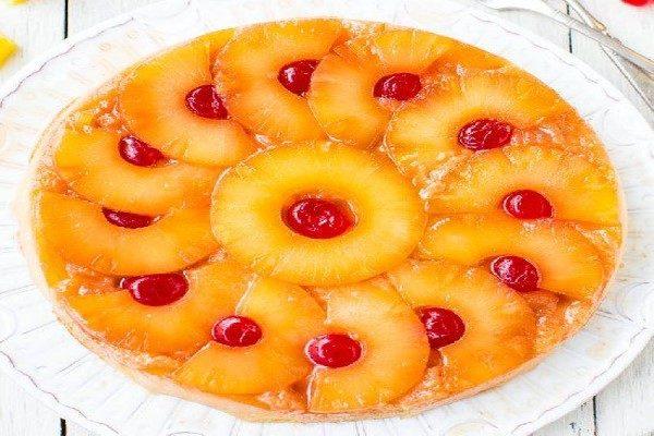 طرز تهیه یک کیک کم چرب لذیذ برای بعد از افطار + عکس