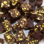 طرز تهیه یک دسر بی نظیر ( فاج شکلاتی ) برای میهمانی های رسمی