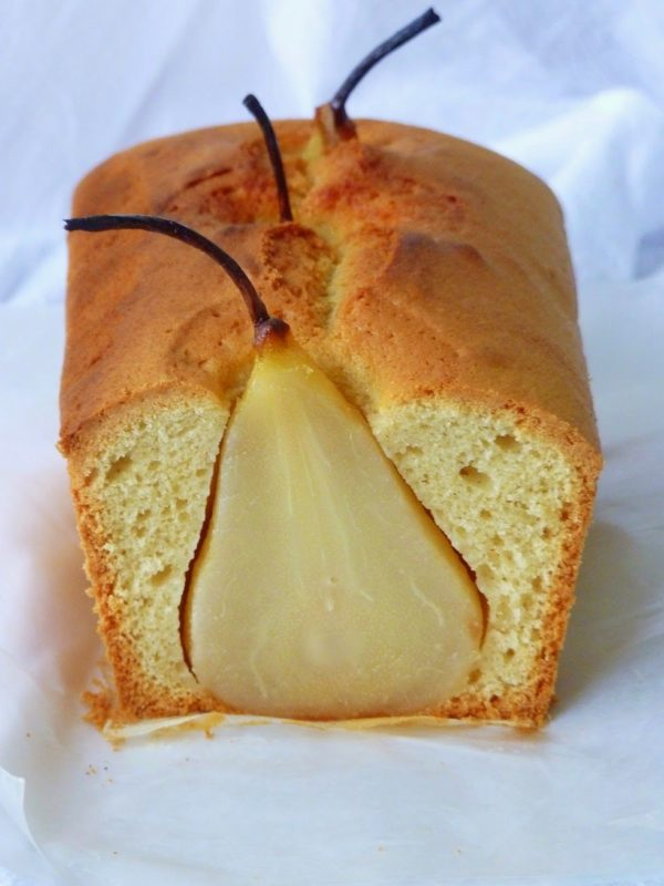 طرز تهیه کیک گلابی و زنجبیل
