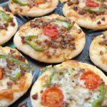 طرز تهیه پیتزا لقمه با نان باگت سریع و فوری