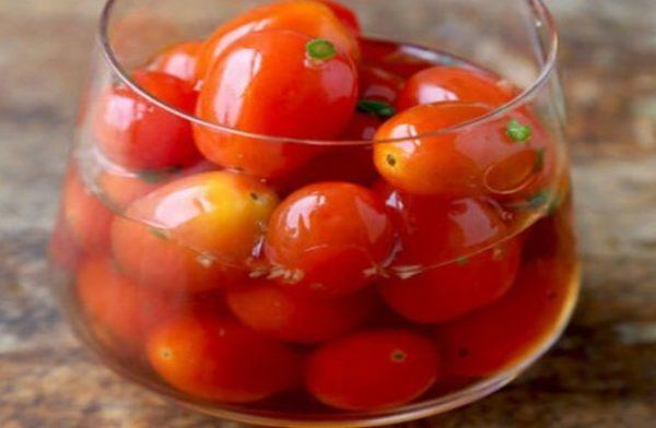 طرز تهیه ترشی گوجه