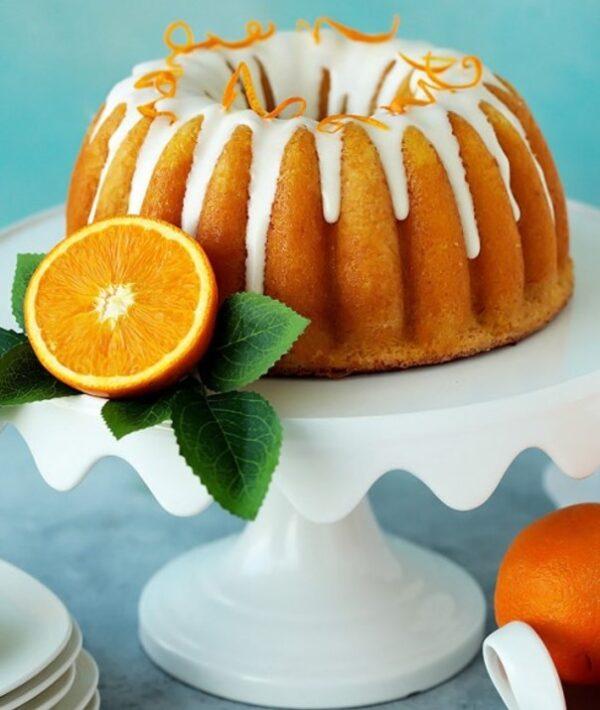 کیک با روکش کرم پرتقال