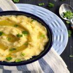 طرز تهیه پوره سیب زمینی قالبی ، کنار غذای اصلی یا برای میان وعده عالی می شود