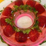 طرز تهیه ژله توت فرنگی ، یک دسر خوشمزه و عالی