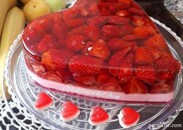 ژله با میوه توت فرنگی
