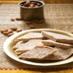 طرز تهیه حلوای بادام ، پخت این حلوا آسان است