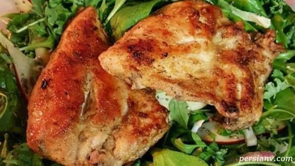 مرغ کامل با شیر، این غذای آسان دو ساعته حاضر میشود