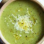 سوپ سبزیجات یک پیش غذای خیلی خوشمزه در روزهای سرد