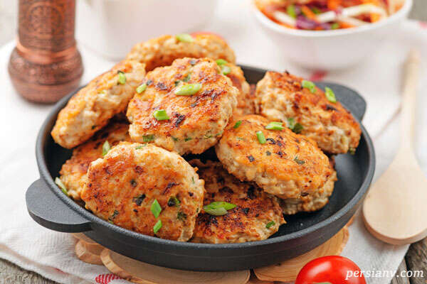 کوکوی مرغ و تره فرنگی ، یک غذای ساده اما خوشمزه