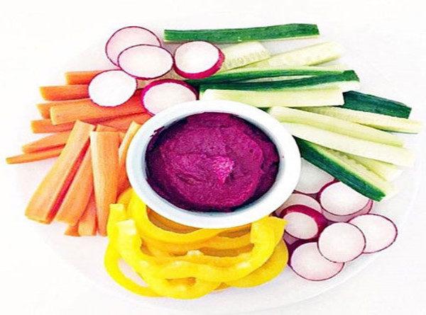 چغندر تفت داده با سبزیجات، شامی رنگارنگ برای شب های زمستان