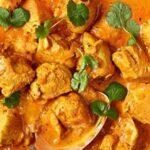خورش کاری هندی یک غذای خوشمزه با ادویه گرم کننده