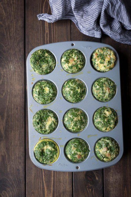 تخم مرغ های پنیری با قالب مافین