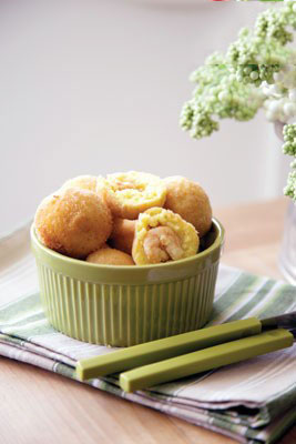 غذا که با غ شروع شود طعم خوش آشپزی - انواع غذا با مرغرولت مرغ.
