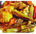 خورش بامیه به سبک جنوبی – غذای تابستانی و تند و تیز