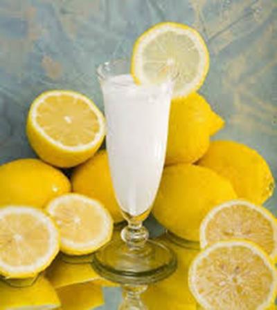 طرز تهیه سس ماست با لیمو ترش