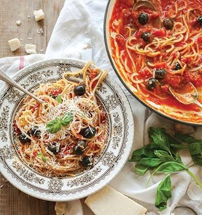 طرز تهیه اسپاگتی با سس ماریانا