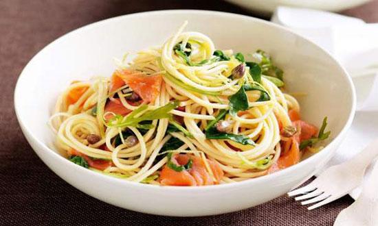 طرز تهیه اسپاگتی با ماهی سالمون