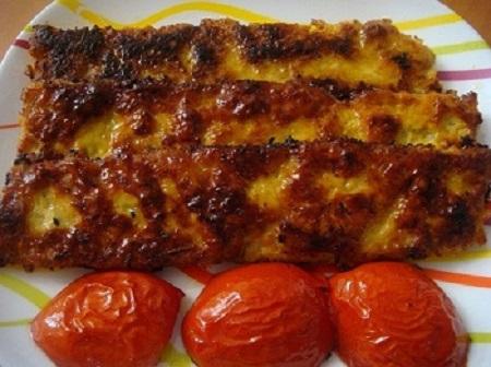 چگونه کباب کوبیده مرغ را در تابه تهیه کنید