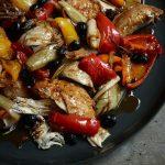 مرغ کبابی به سبک ایتالیایی یک غذای عالی برای مهمانی آخر هفته