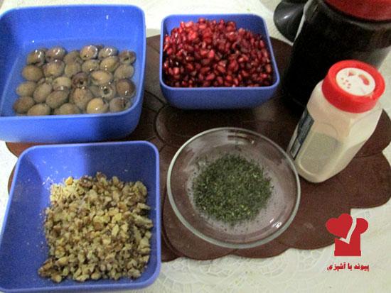 طرز تهیه زیتون پرورده فوری در ۳ دقیقه