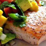 فیله ماهی با سس پیاز یک غذای عالی و سالم