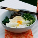 خوراک برنج با چغندر برگی یک غذای چینی فوق العاده