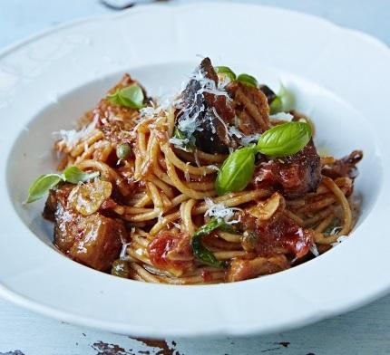طرز تهیه پاستا آلانورما سیسیلی یک غذای ایتالیایی خوشمزه