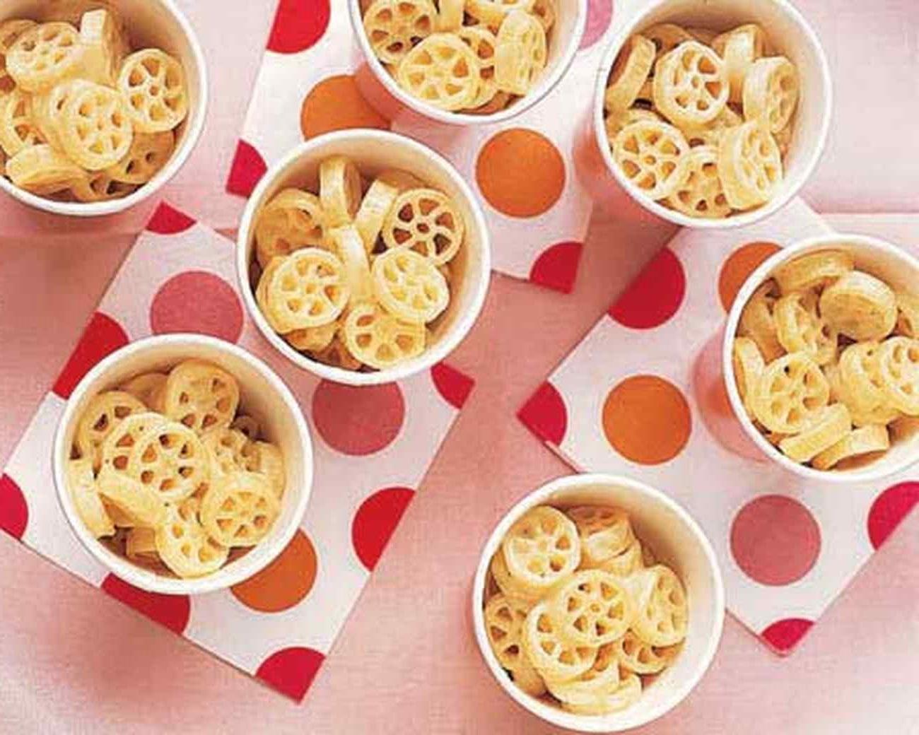 طرز تهیه پاستا چرخی و پنیر یک غذای خوشمزه و کم کالری