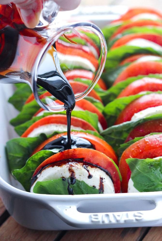 طرز تهیه سالاد گوجه و موتزارلا