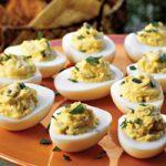 طرز تهیه تخم مرغ شکم پر یک صبحانه ساده و خوشمزه