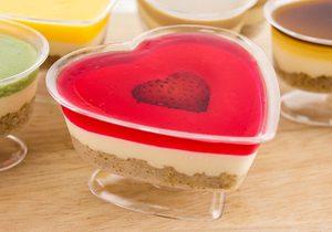 طرز تهیه چیز کیک توت فرنگی عاشقانه