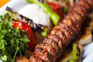طرز تهیه آدانا کباب از خوشمزه های ترکیه